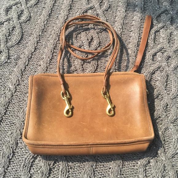 b060b07b Vintage Coach purse full grain leather pouch